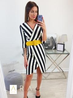 5911f129d1 Pásikavé šaty s opaskom